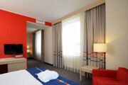 park-inn-kazan_red room_small